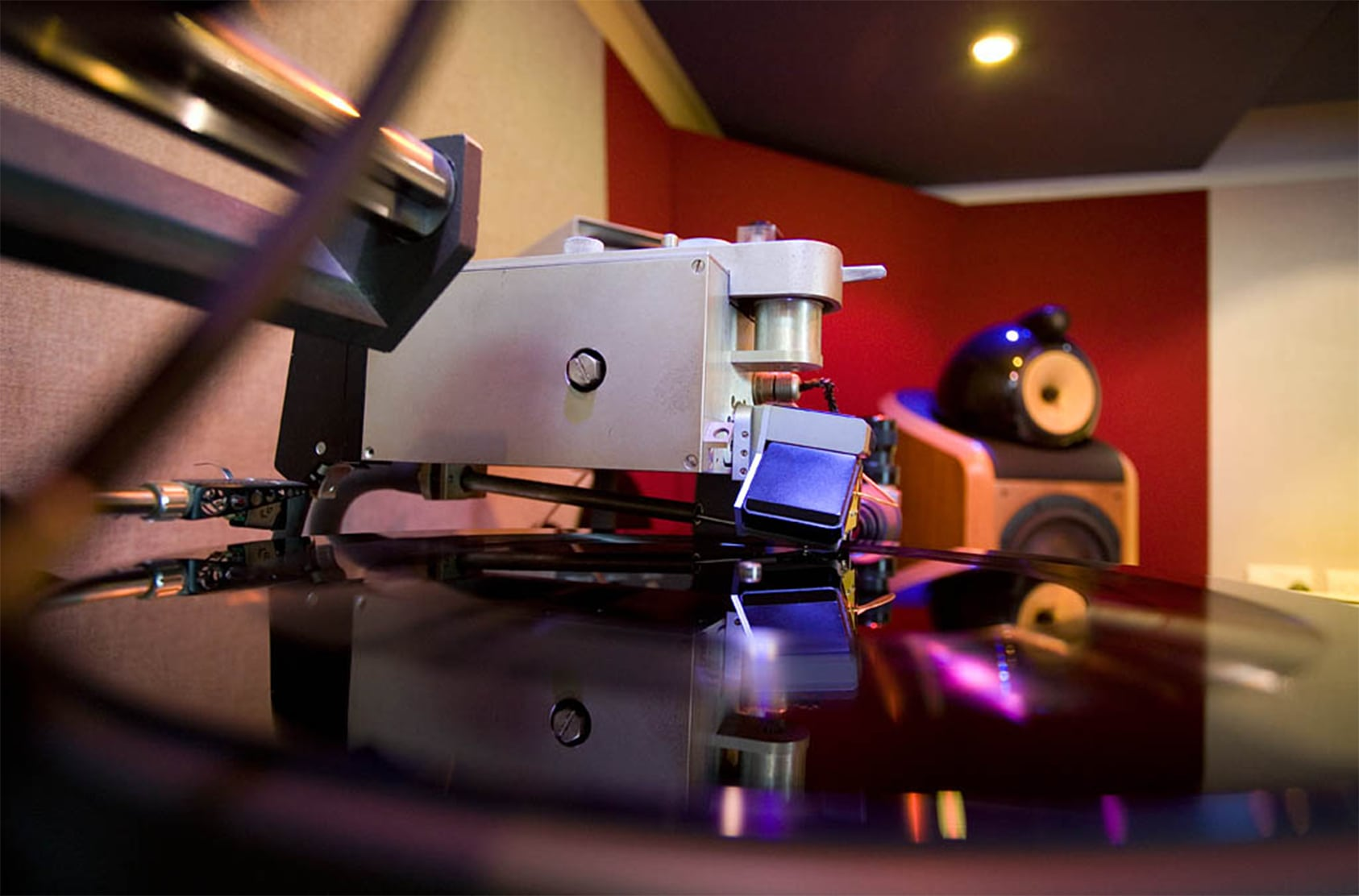 Vinyl Cutting Machine – Audio Engineering Fundamentals
